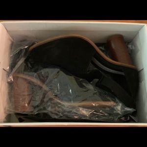 Matt Bernson Black Leather Ankle Booties